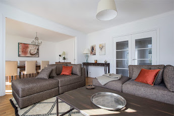 Marais delight- an upscale 3 bedroom apartment~ perfectly located!
