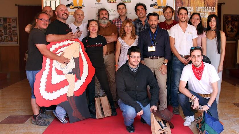Foto de familia con los cortometrajistas de esta edición.