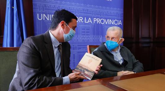 El libro 'Estuvimos allí' narra la experiencia misionera de Jesús Peregrín