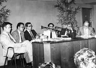 Photo: Amado Moreno, de moderador en el Club Prensa Canaria, con Cristóbal García Blairzy, Carmelo Artíles, Antonio Nuñez, Manuel Aguiar Marquez y Salvador Trujillo Perdomo