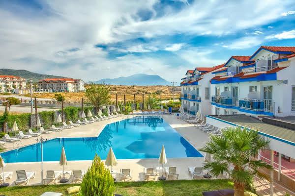 Larina Ninova Thermal Hotel