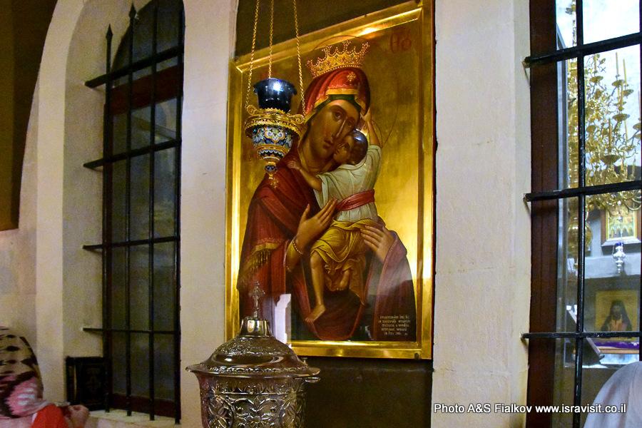Икона Божией Матери типа Елиуса в монастыре Георгия Хозевита в Иудейской пустыне. Вади Кельт, Израиль.
