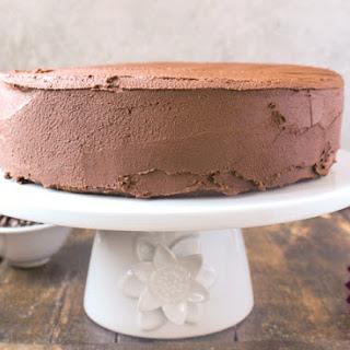 Easy Paleo Chocolate Cake.