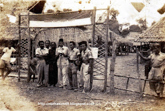 Photo: Tentara Keamanan Rakyat (TKR) pada masa revolusi. http://nurkasim49.blogspot.com/2011/12/v.html