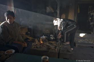 Photo: famille à Mulkharka, la cuisine