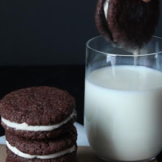 Delicious Homemade Chocolate Oreos