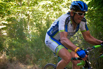Photo: Ronde Ohop is a kermesse style race in the shadow of Mt. Rainer.Bro here pushed everytime.