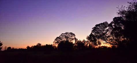 Photo: Západ slunce, pohled ze dveří.
