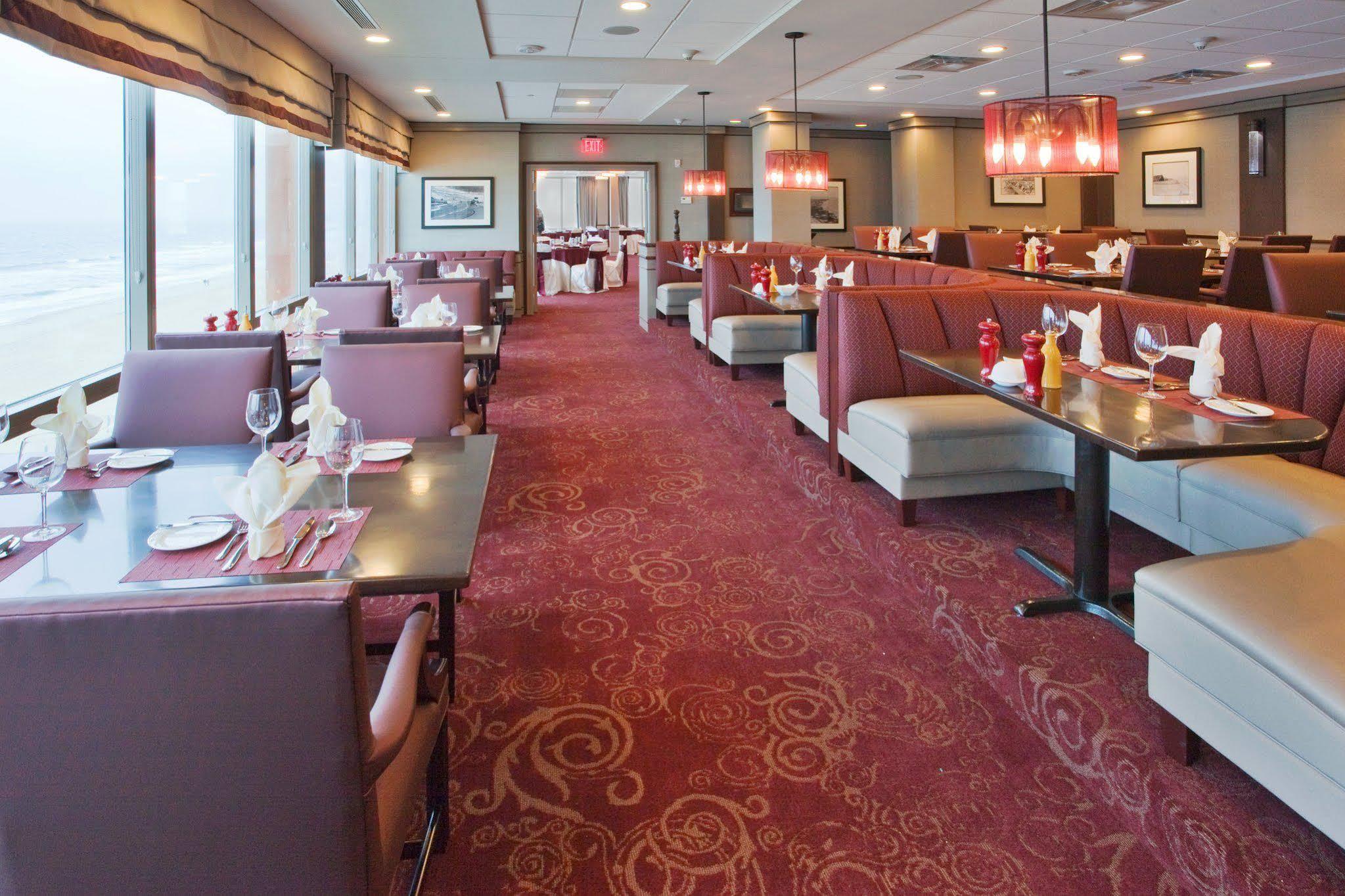 Holiday Inn and Suites Virginia Beach North Beach