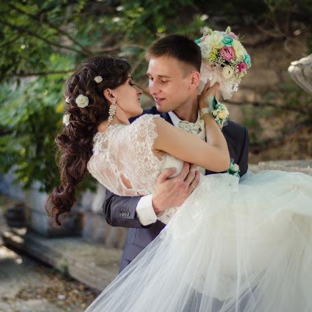 Wedding photographer Mikhail Golovanov (golovanov). Photo of 01.08.2015