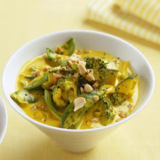 Vegan Yellow Thai Curry with Mixed Vegetables
