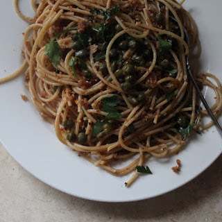 Spaghetti with Breadcrumbs, Capers, Anchovies and Parsley Recipe