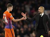 """Après De Bruyne, c'est Stones qui encense Guardiola: """"J'ai l'impression de devenir un joueur et un homme avec lui"""""""