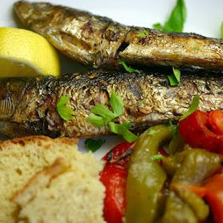 Grilled Sardines (sardinhas Assadas).