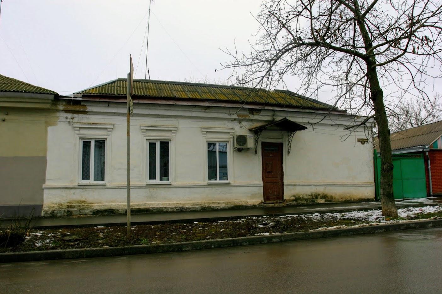 https://sites.google.com/site/istoriceskijtaganrog/lermontovskij-pereulok/dom-36