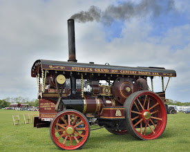 Photo: John Fowler & Co, Leeds. No 17506. A 1928 roller converted to a showman's engine c 2008.