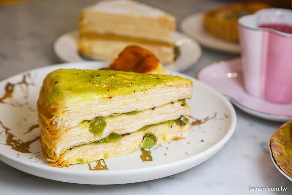 台南甜點|一秒到歐洲圓公主夢不再是夢想「名坂奇洋菓子」來去城堡裡當公主享受奢華的下午茶甜點吧!