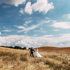 Wedding photographer Ilya Antokhin (ilyaantokhin). Photo of 24.12.2016