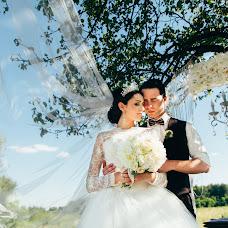 Wedding photographer Vladimir Ushakov (UshakovV). Photo of 04.07.2016