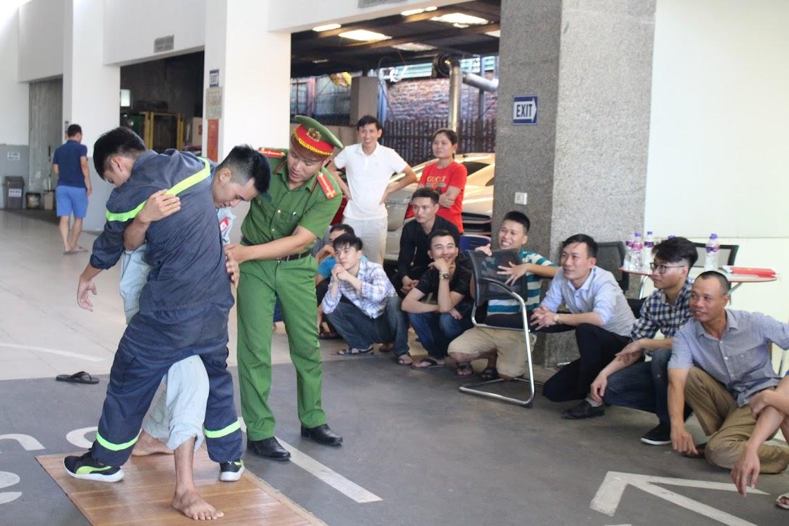 Kỹ thuật sơ cấp cứu người bị nạn.