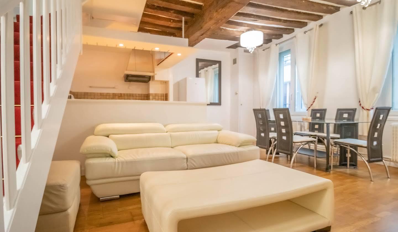 Apartment Paris 11th