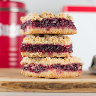 Oatmeal Crumble Cranberry Bars