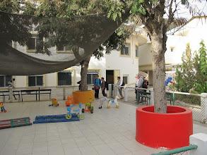 Photo: Sn3S0021-Dakar Pouponnière, fond de cour intérieure, parc enfants, espace clos IMG_0056