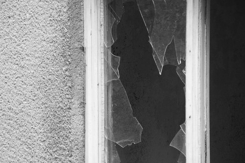 Reasons to install a burglar alarm