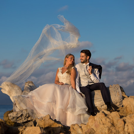Wedding photographer Costi Moiceanu (cmphotography). Photo of 13.10.2017
