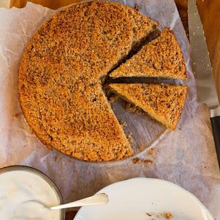 Apple Almond Crumble Cake Recipe