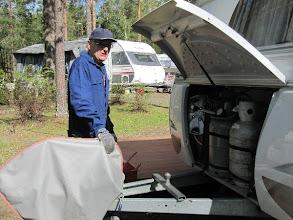 Photo: Veijo Lackman tarkasti vaunujen kaasujärjestelmät.