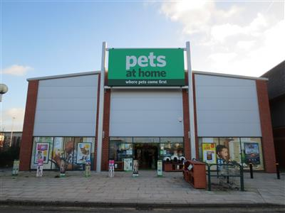 Pets At Home On Earle Road Pet Shops Pet Supplies In Town Centre Widnes Wa8 0ta
