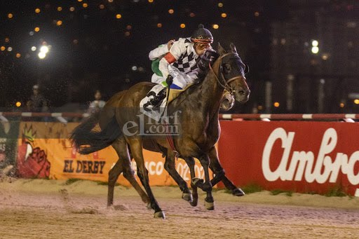 Better Than Words (Cat Scan) se adjudicó Handicap (1100m-Arena-VSC).