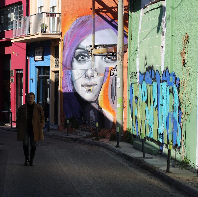La donna colorata di antonio_caroli