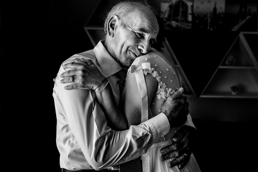 Wedding photographer Sabina Mladin (sabina). Photo of 30.10.2018