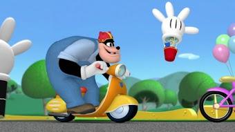 Mickey fait la course, première partie