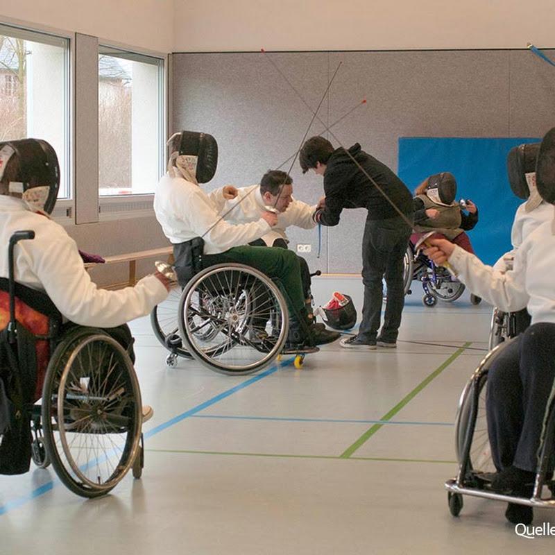 Rollstuhlfechter nehmen erste Hürden