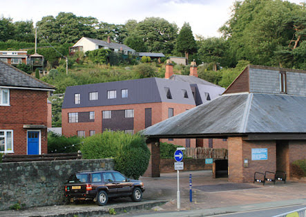 Planners give flats go-ahead
