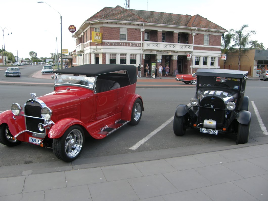 See 100s of Hot rods pictures as hot rods from all over Australia ...