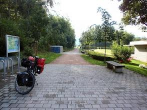 Photo: ...wo es sogar Fahrradgaragen gibt