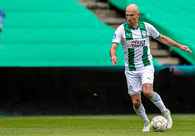 📷 Arjen Robben maakt kind dolblij vlak voor zoveelste comeback