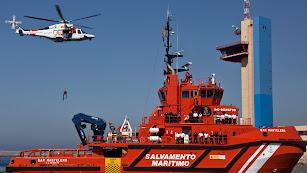 Salvamento Marítimo busca una nueva embarcación con 52 inmigrantes en Alborán.