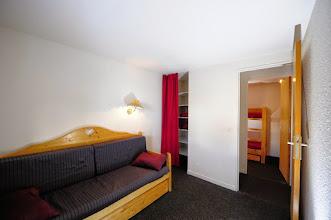 Photo: Aperçu d'une pièce à vivre propre à la résidence Castor & Pollux, à Risoul, Alpes du Sud.