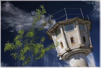 Photo: 2007 02 12 - R 06 07 17 073 d0 - D 082 - Der Wachturm - siehe P 105