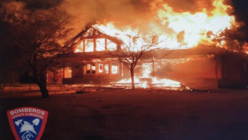 Incendio en la vivienda de Úrcal.