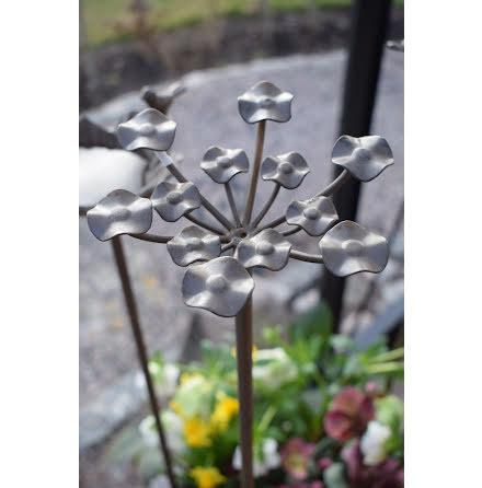Trädgårdsdekoration Franka blomma wikholmform