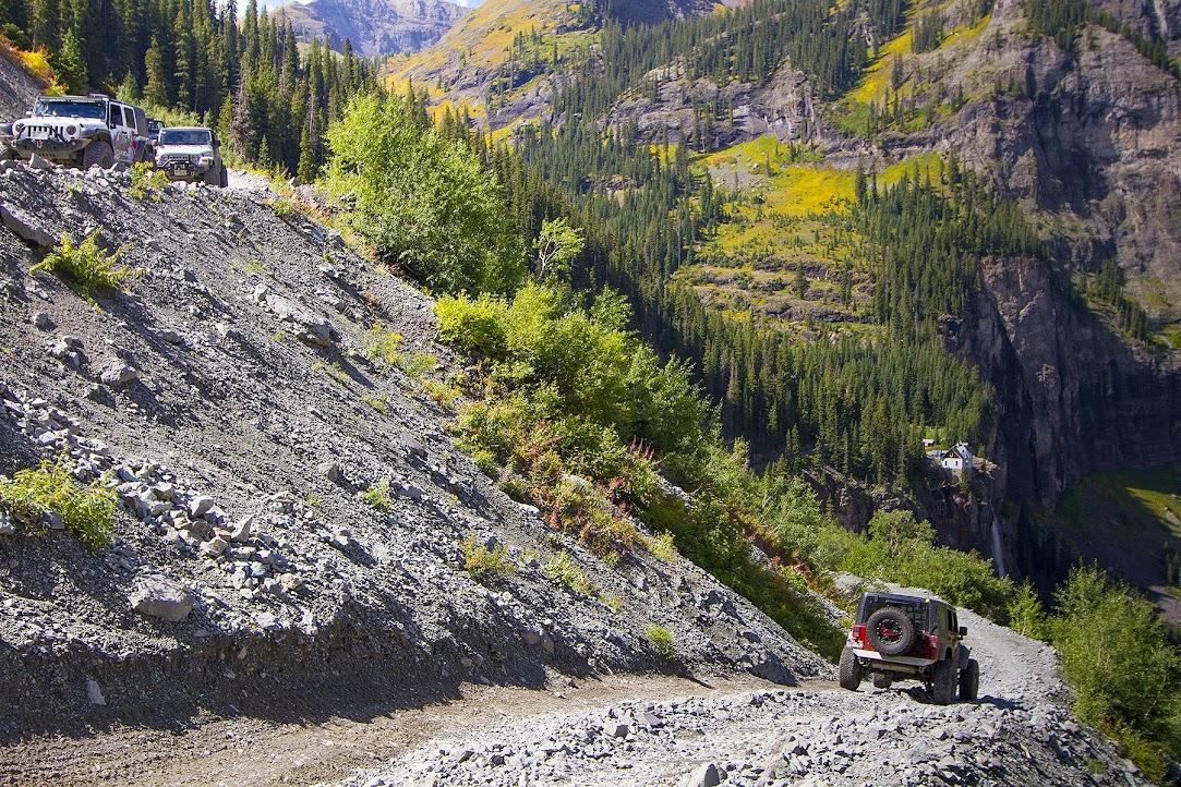 Black Bear Pass - approaching Bridal Veil Falls