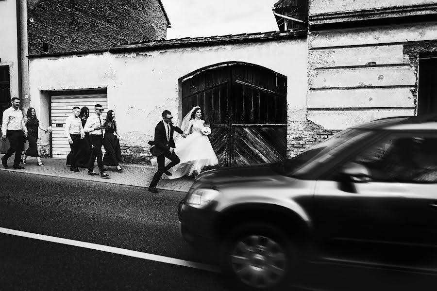 Wedding photographer Vasili Kovach (Kovach). Photo of 17.02.2019