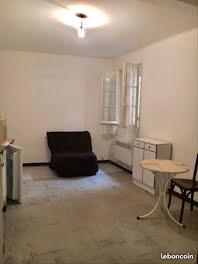 studio à Aubagne (13)
