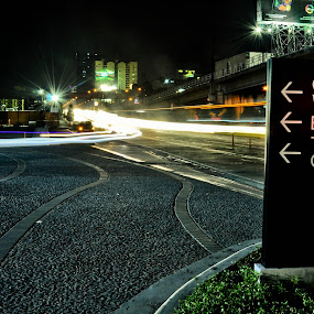 Centris Walk LE by Jr Flores - Landscapes Travel